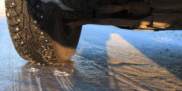 Fahren-Winter-Reifen